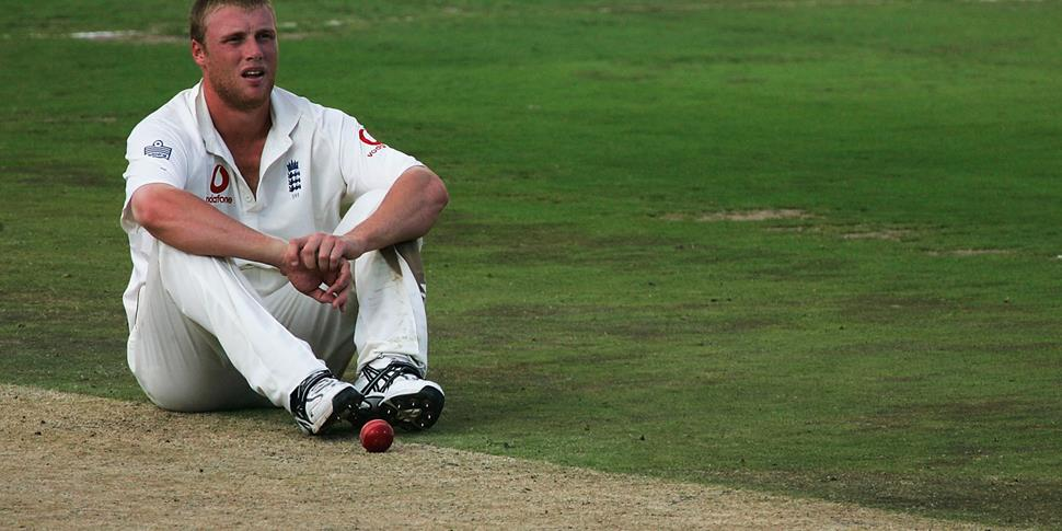 Andrew Flintoff look dejected for England during the fourth test match against south africa.jpg
