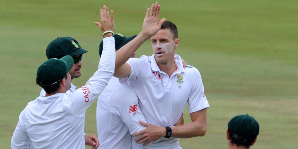 Morne Morkel of South Africa celebrates after a wicket against former England player James Taylor during England's Test Match in South Africa.jpg
