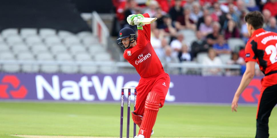 Guptill playing in the NatWest T20 Blast.jpg