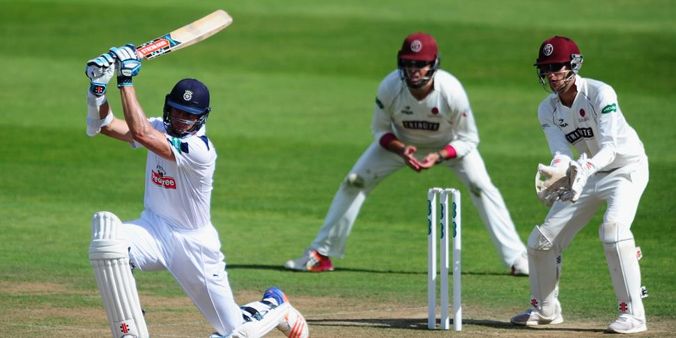 Ryan McLaren plays in the Specsavers County Championship for Hampshire.jpg