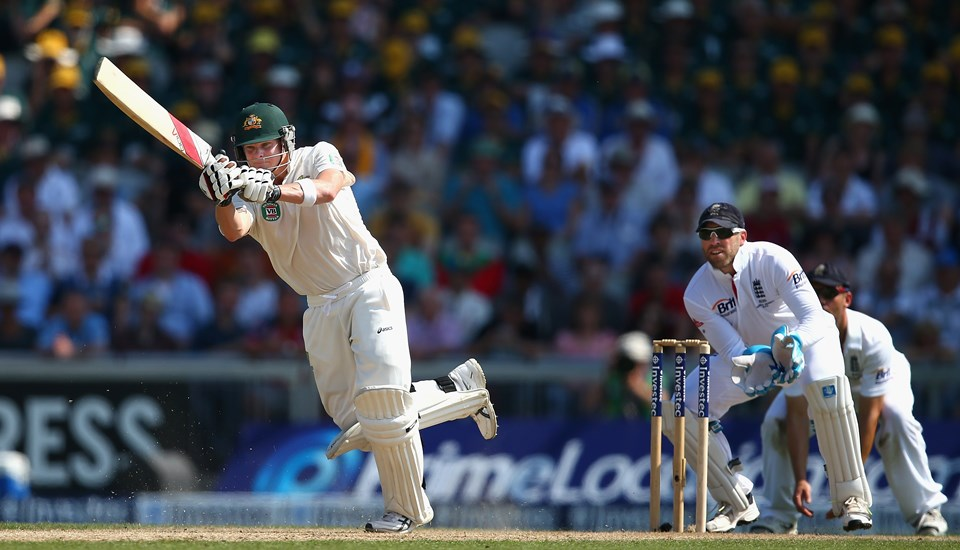 Steve Smith batting for Australia in the Ashes at Emirates old Trafford.jpg